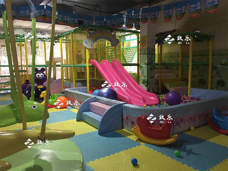 儿童乐园设备